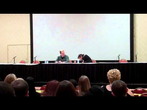 Walking Dead (Norman Reedus) Q&A - Part 4 (Monster Mania 2011)