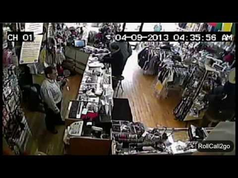 Amazing Graphic Video: Man gets shot at close range - Robbery turns into dangerous fight at store