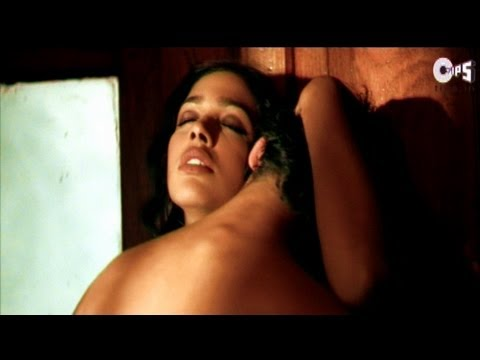 The Bed Scene - Malini Sharma and Dino Morea - Raaz - HQ
