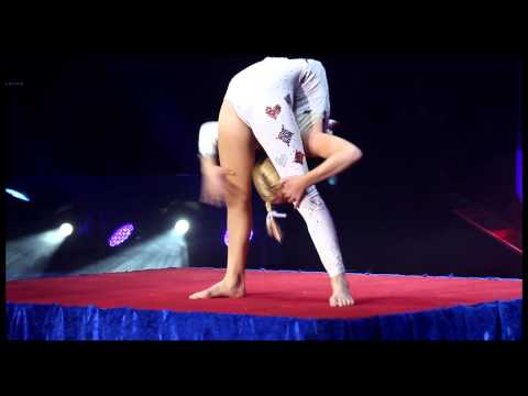 Jordan McKnight Contortionist Official Video from Festival Internacional Del Circ, Ciutat Figueres