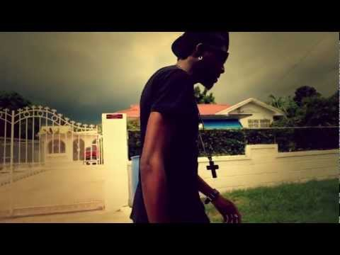 DE'VIOUS - INNA MI THOUGHT(OFFICIAL HD VIDEO)