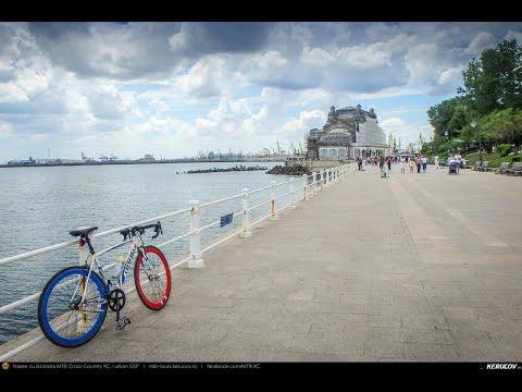 Montaj video: Cu bicicleta prin Constanta si Mamaia, Romania [VIDEO]