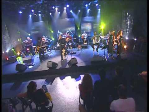 אלוהיי אייל גולן (מתוך הופעה) Eyal Golan