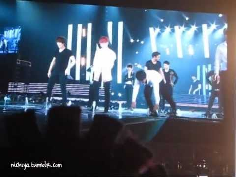 [FANCAM] 120429 SS4INA - Ending 2 Playing Water (from big screen)