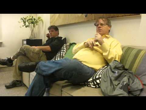 Robert Scoble and Andrew Keen talk about googleglass and privacy