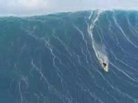Šílené, surfování na tsunami!!!