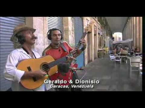 La Paz por la Música. Haciendo el Mundo Pequeño. Playing For Change: Song Around the World