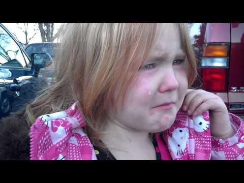 Devojčica se rasplakala zbog predsedničke kampanje