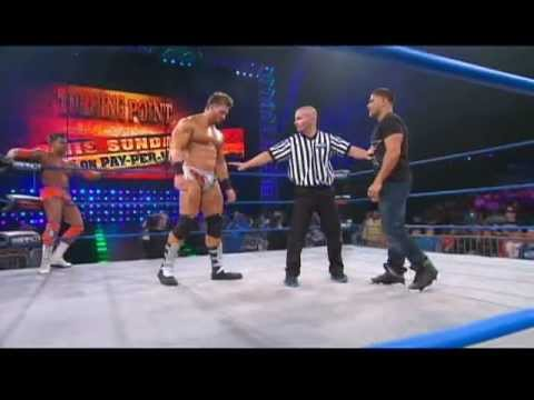 Ronnie from MTV-s Jersey Shore Makes His Wrestling Debut