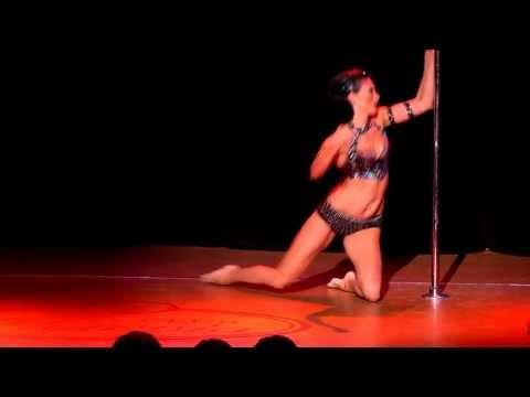 """Отчетный концерт pole dance 26.05.2013. Инна Зиновьева (дебют), с композицией  """"Исчезающая тень""""."""