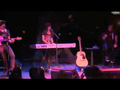 Christina Grimmie live at Selena Gomez' UNICEF-concert (all 3 songs   Sel's introduction)