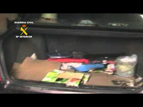 OPERACIÓN CIGÜEÑA. La Guardia Civil detiene a cuatro personas por tenencia de explosivos.