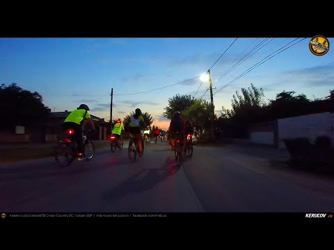 Montaj video: Joi seara pedalam lejer / #51 / Bucuresti - Darasti-Ilfov - 1 Decembrie [VIDEO]