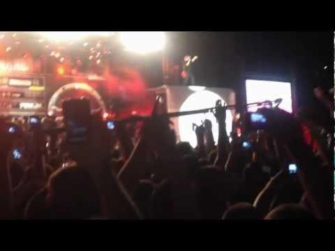 Unikkatil- Kuq E ZI & Shota -Skenat me te Nxehta  Live ne Prishtin (HD)