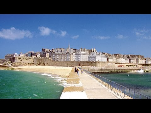 St Malo - Gateway to Brittany | France Destination Guide - UCFIO_Pew0FedAtb0Iy8gnQA