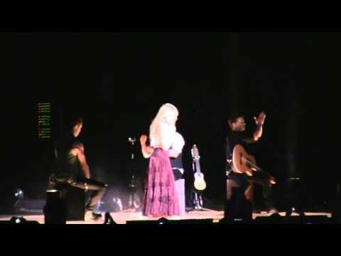 Shakira- Nothing Else Matters y Flamenco - Tour Sale el sol Bilbao HD