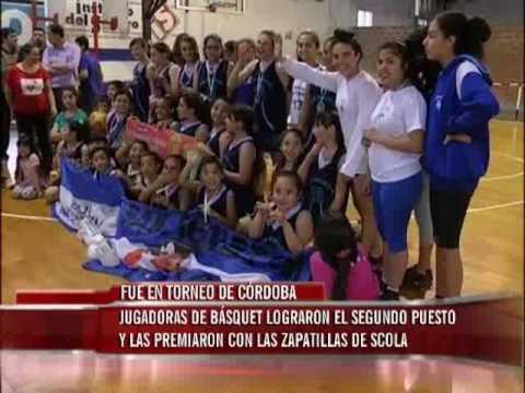 Niñas del Club San Agustín obtuvieron un valioso premio: las zapatillas de Luis Scola