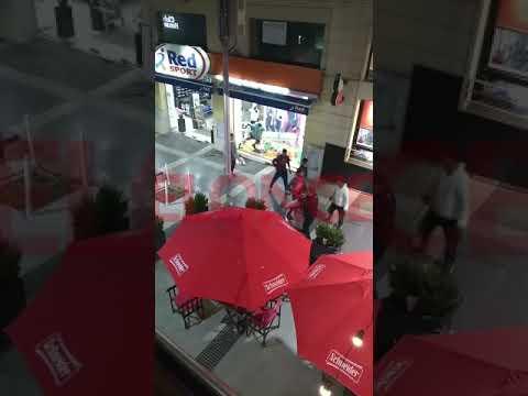 Vendedores ambulantes protagonizaron pelea en la peatonal de Paraná