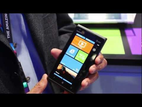 Nokia Lumia 900 Windows Phone on AT&amp;T's 4G LTE at CES 2012