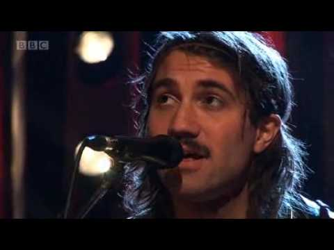 The Low Anthem - Charlie Darwin (LIve on Later with Jools Holland 20/11/2009)