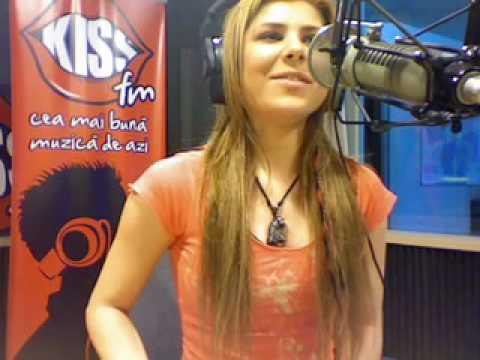 Angelika Vee - Guale ( Live on KissFM  with Olix & Dj Yaang )