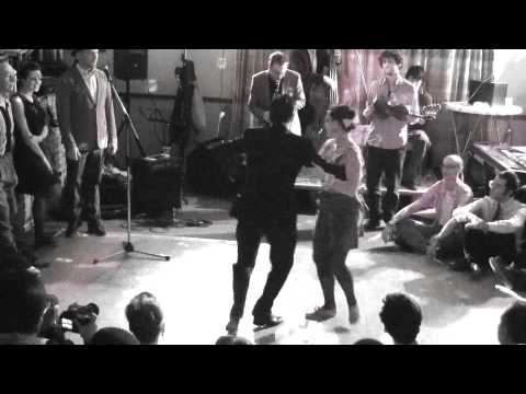 SITR 2011 - Thomas & Alice Jazz Routine + Social Lindy Hop