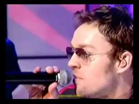 Darren Hayes - Crush (1980 Me) - Live on TOTP - 2003