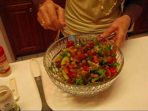 Betty-s Colorful Chickpea Salad Recipe