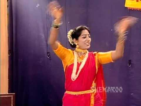 Gorya Gorya Taachat Kata Rutla - Lavani Song - Bhangadi Shivay Purush Nahi