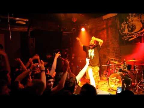 Tigre Sporakia & 12os Pithikos Live sth Larisa (2/4/2011)