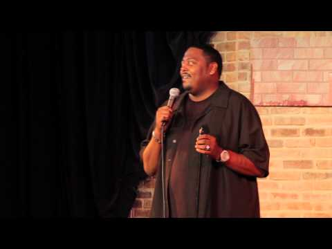 Comedian Shawn Harris Talks about his mothers Alzheimers Disease (FUNNY!)