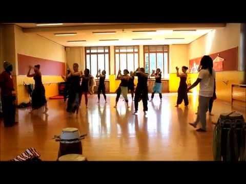 Yaye Dib Family Sabar Dance Workshop :: Geneva 2014