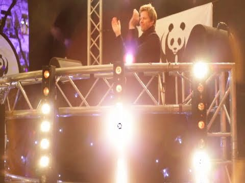 Ferry Corsten WKNDR Episode 5: Ferry at work for World Wildlife Fund Earth Hour 2011
