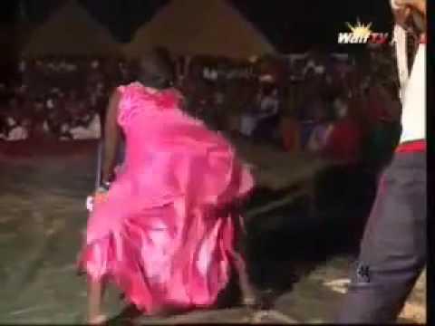 « Concour Leumbeul Chaise Bi » Une danse très érotique qui fait fureur à Dakar