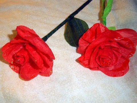 Manualidades de papel: cómo hacer rosas con papel crepé que parecen de verdad