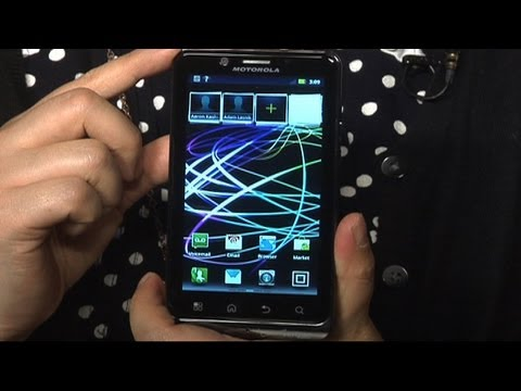 CNET Tech Review: Motorola Droid Bionic: We have the technology