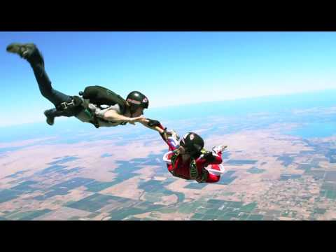 """Best Friends"" skydiving video with Canon T2i"