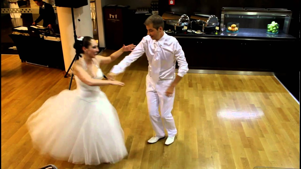 Salsa Wedding Dance (cuban style) - part I (Ivan and Monika Mateevi)