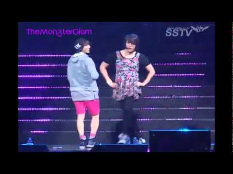 "Hyunseung & Dong Woon ""Trouble Maker"" (Live 2nd Fanmeet B2UTY & BEAST)"