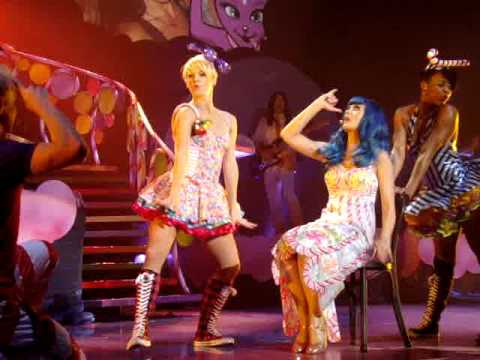 Katy Perry Last Friday Night The California Dreams Tour 2011 Portugal Lisbon 20 02 2011