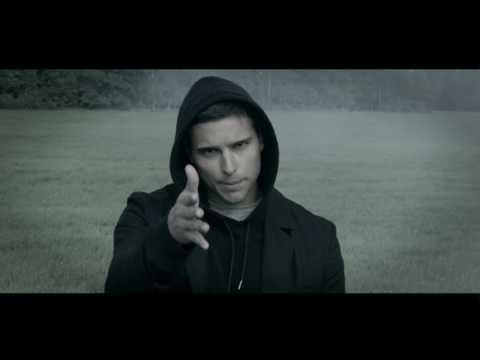 Saade - Wide Awake ft. Gustaf Norén (Official Music Video) - UCvRA2qEeaIri7qrU2TX-Feg