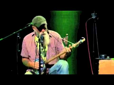 Seasick Steve - You Can't Teach An Old Dog New Tricks (Trix)