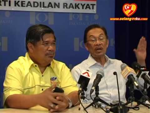 Bekas Ketua Polis Negara Kini Penasihat Majlis Keselamatan Pakatan Rakyat - BULETIN 13
