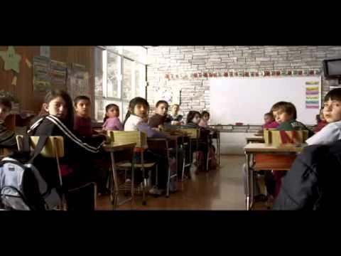 La otra Familia Trailer Oficial | Gustavo Loza