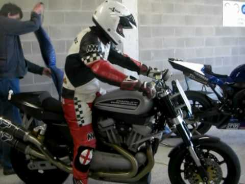 Harley Davidson XR 1200 - race ready - test overview - Spain - Mike -Spike- Edwards
