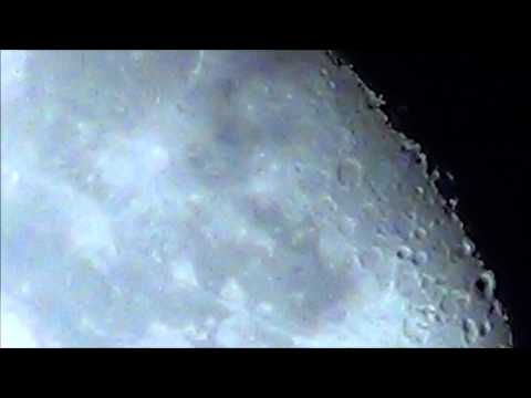 Half Moon 1080p Full HD Video Test 30X Zoom 350X Digital Sony Handycam Camcorder