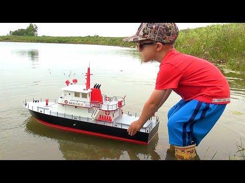 "RC ADVENTURES - NEW Capt. MOE & the AquaCraft Rescue 17 Fireboat RTR ""SCALE BOAT""! #ProudParenting - UCxcjVHL-2o3D6Q9esu05a1Q"