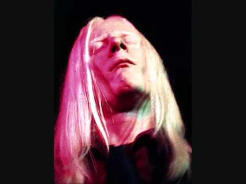 JOHNNY WINTER : FILLMORE EAST 1971 : BE CAREFUL WITH A FOOL .