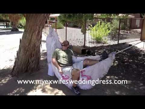 فيديو : شاهد 101 طريقة لاستخدام فستان الزواج