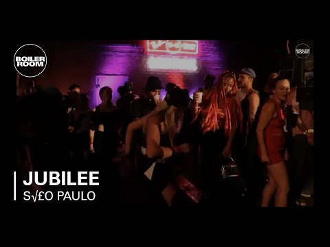 Jubilee Ray-Ban x Boiler Room 020 Unplug DJ Set - UCGBpxWJr9FNOcFYA5GkKrMg